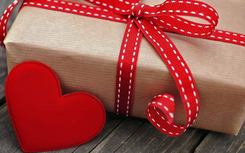 cadeaux romantiques pour relations à distance